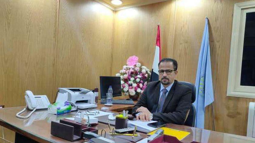 الدكتور خالد عبد الغني وكيل وزارة الصحة بمطروح