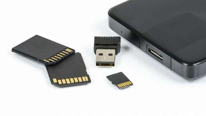 خطوات حذف البيانات من بطاقة SD