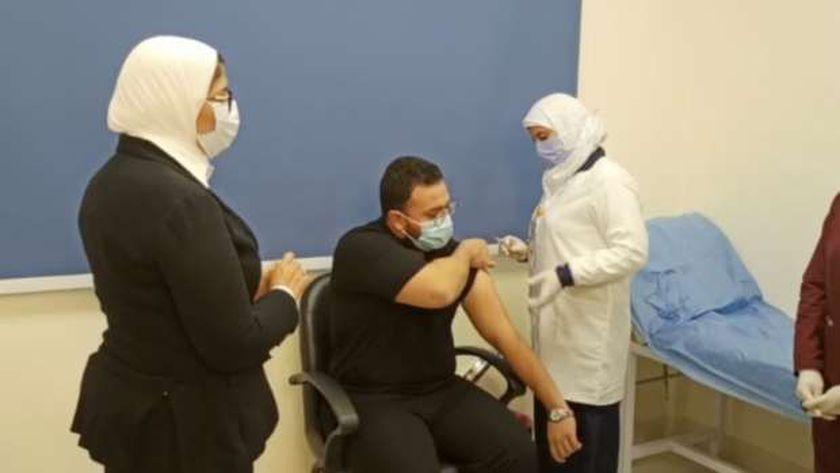 بدء التطعيم بلقاح كورونا