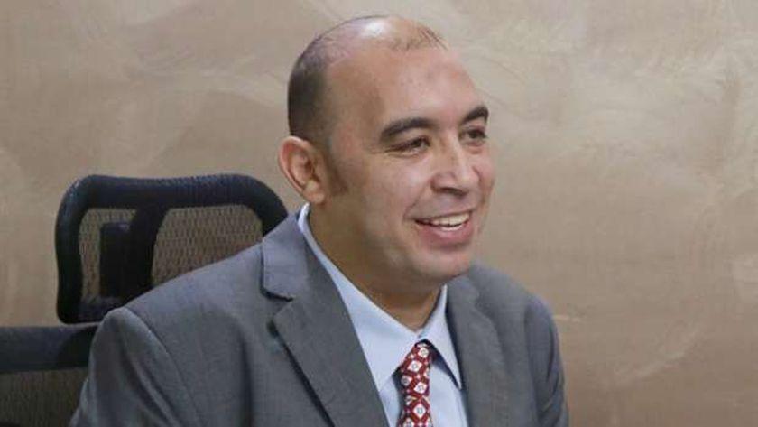 الكاتب الصحفي أحمد الخطيب
