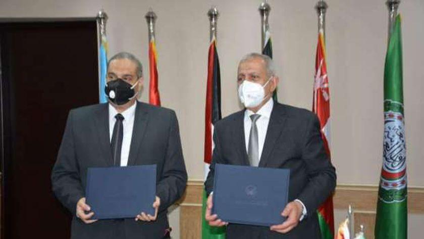 الأكاديمية العربية توقع مذكرة تفاهم مع هيئة الدواء المصرية