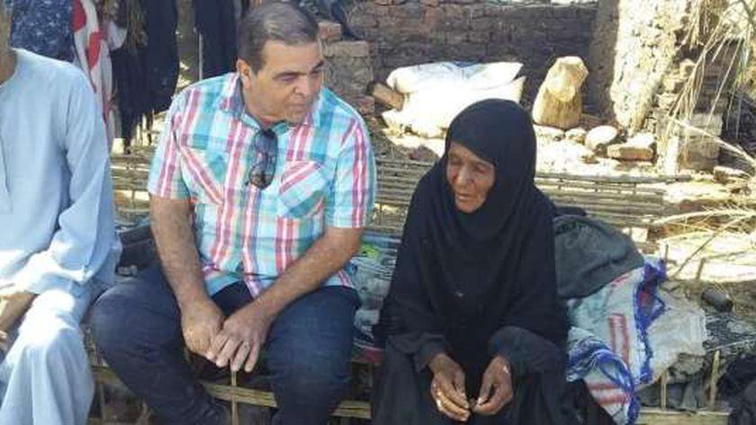 الحاجة زكية والعقيد أحمد الهواري رئيس مركز ومدينة الزينية