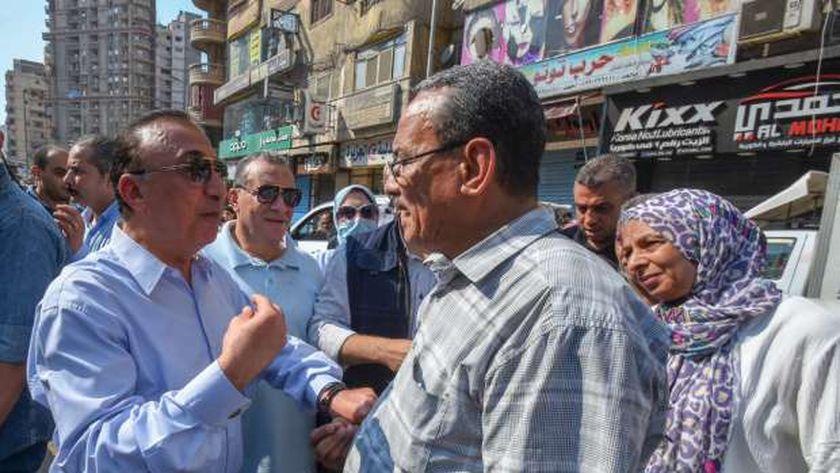 محافظ الإسكندرية خلال حملة إزالة التعديات