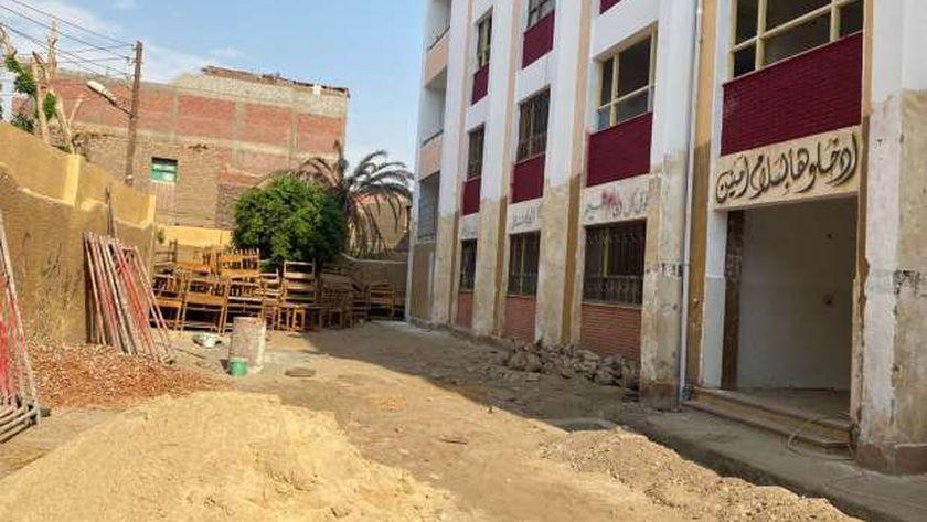 80 مدرسة تحت الصيانة مع بداية الدراسة والطلاب «كعب داير» بسوهاج