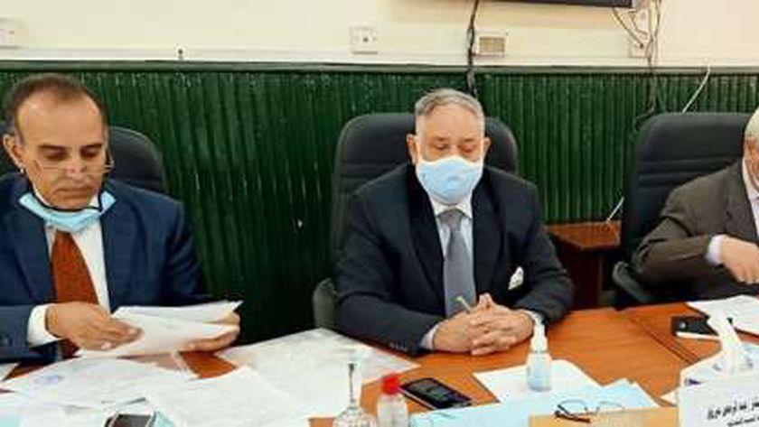اللجنة القضائية المشرفه علي الانتخابات