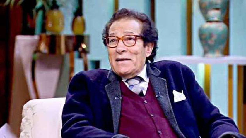 الفنان فاروق حسني، وزير الثقافة سابقًا
