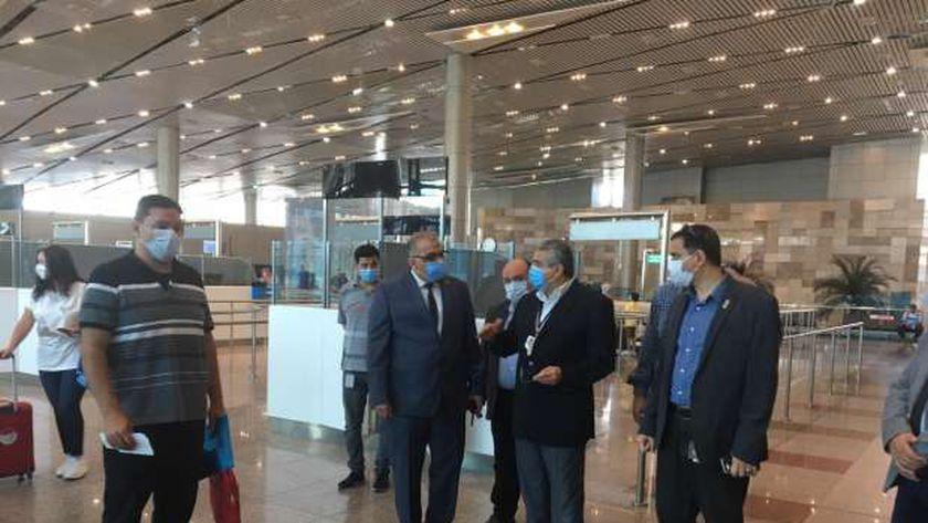 مطار القاهرة الدولي يستقبل اليوم أعلى كثافة تشغيل بوصول وسفر 221 رحلة