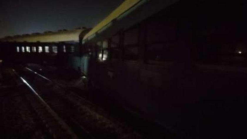 إصابة 10 أشخاص في خروج قطار عن القضبان بمنيا القمح بالشرقية