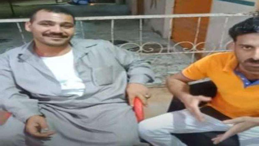 بائع الطماطم الذي ألقى المحصول في المصرف: كانت فاسدة وانا مش اخواني