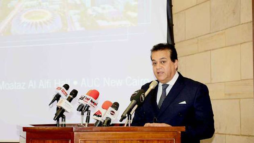 الدكتور خالد عبد الغفار وزير التعليم العالي والبحث العلمي