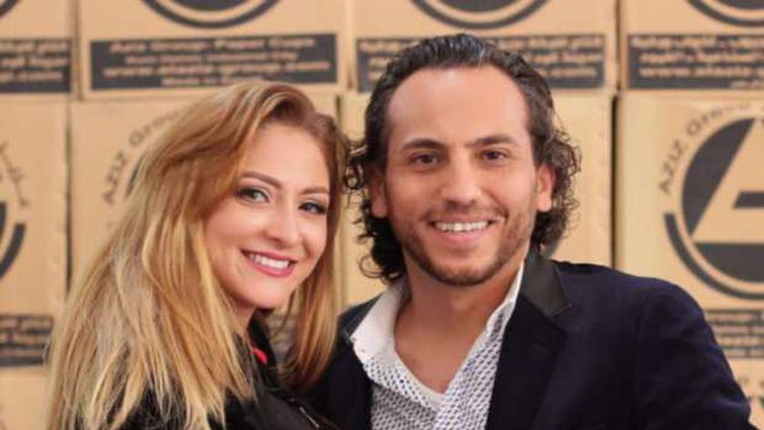 أشكيناز وزوجها