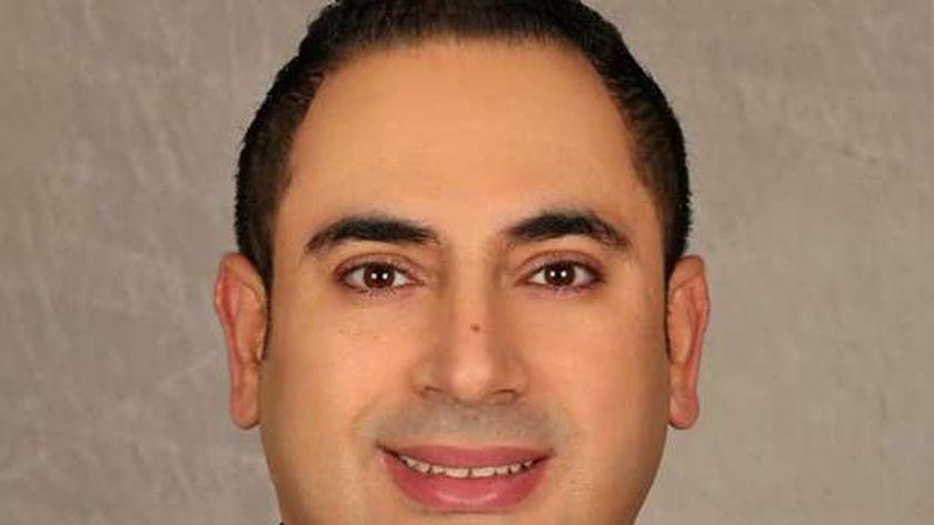 الدكتور محمود راشد