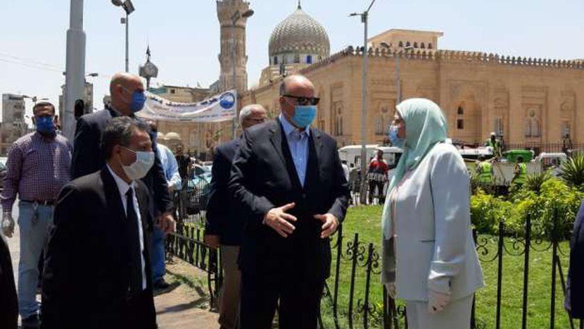 حملة تطهير ونظافة لشوارع وميدان السيدة زينب في تواجد محافظ القاهرة