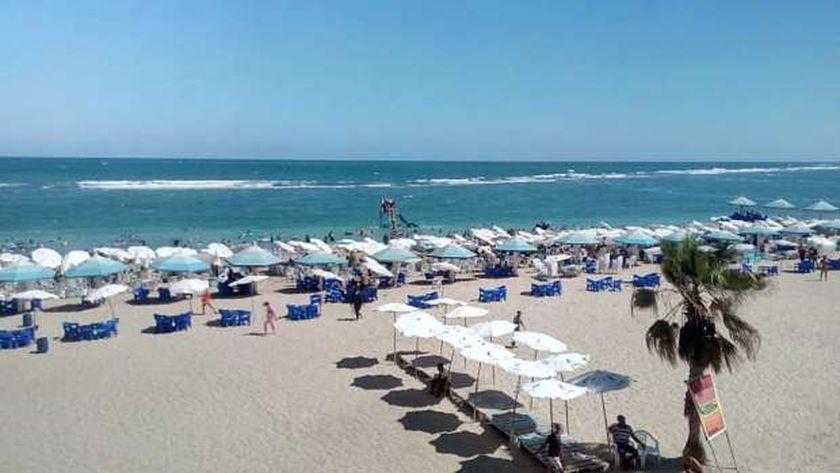 إرتفاع الأمواج في شواطئ الإسكندرية