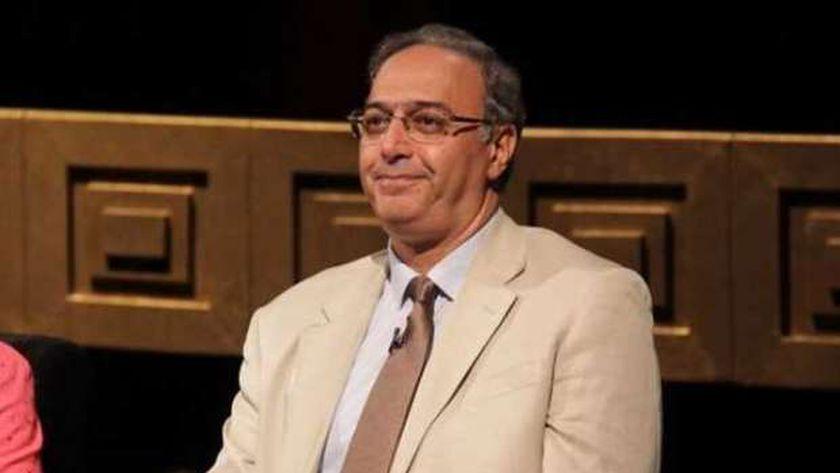 الدكتور سعيد صادق