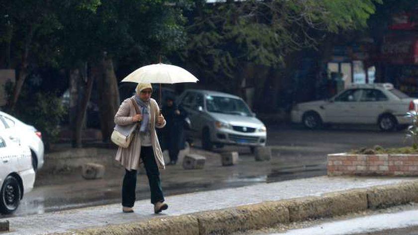الأرصاد: انخفاض جديد في درجات الحرارة.. واستمرار الأمطار على القاهرة