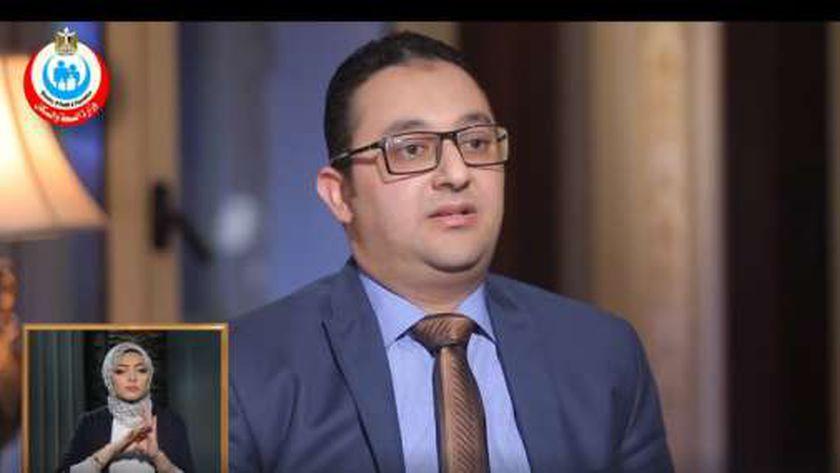 الدكتور حسام حسن