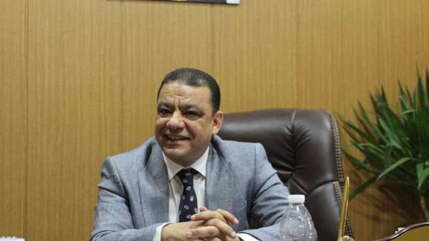 المستشار عماد شمس الحارس القضائي على نقابة العلميين