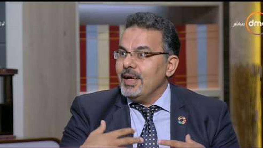 عاطف الشبراوي مسئول برنامج فرصة للتوظيف بوزارة التضامن