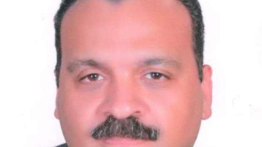 الدكتور تامر سمير