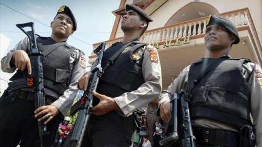 عناصر من شرطة إندونيسيا