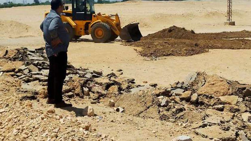 محافظ أسيوط: استرداد 425 فدان و10813 متر أملاك دولة خلال مكبرة بمركز الفتح