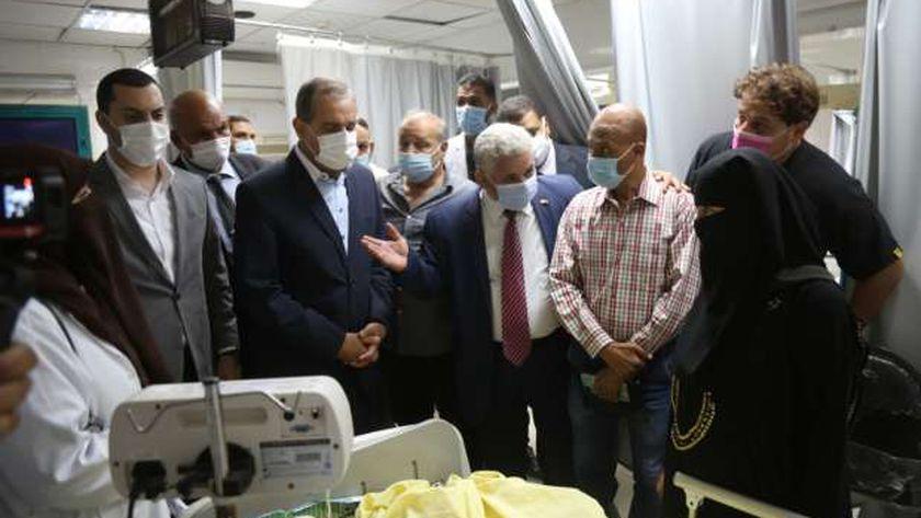 محافظ كفر الشيخ يتابع حالة الطالب داخل المستشفى قبل وفاته - أرشيفية