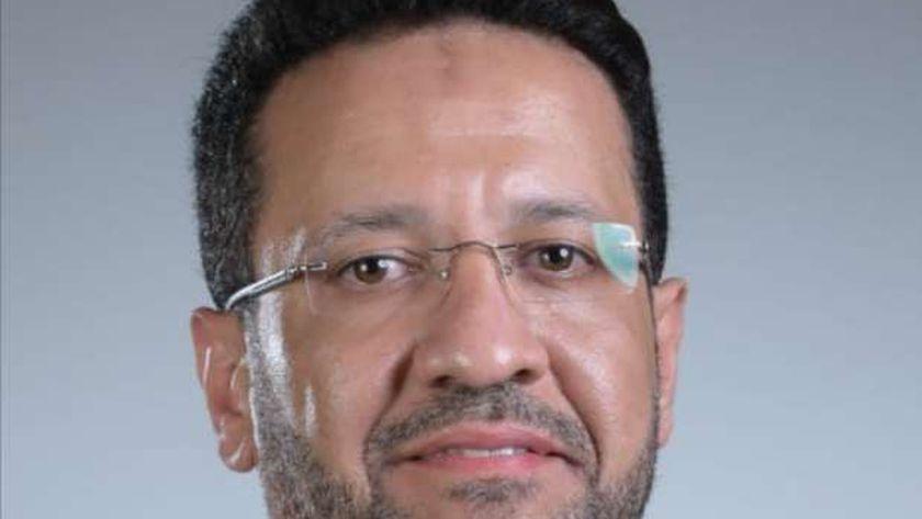 الدكتور أحمد مسعد المتحدث باسم النقابة العامة لأطباء الأسنان