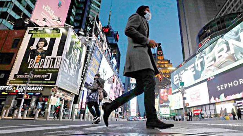حاكم نيويورك: مدينة نيويورك لا تزال غير آمنة لاعادة فتحها