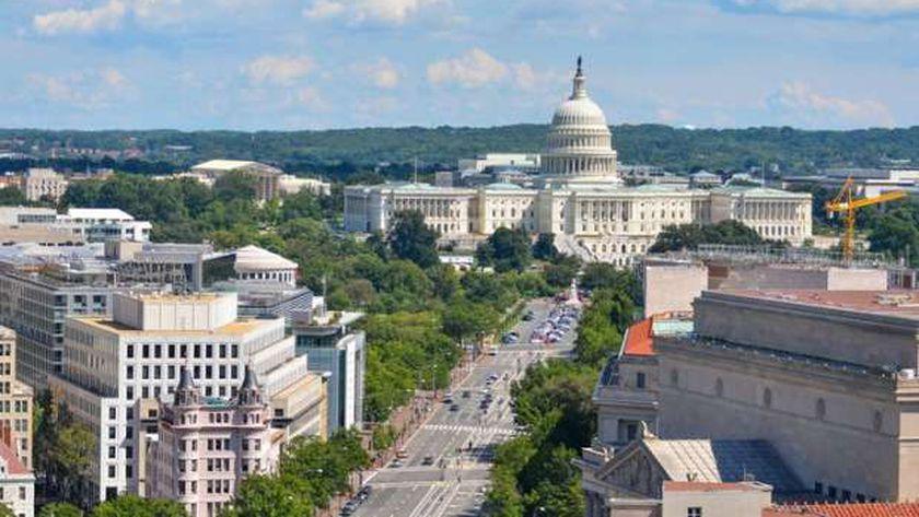 واشنطن تشهد انهيار جسر مشاة