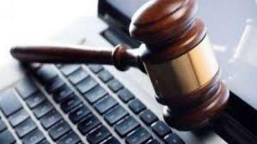 تضمن قانون جرائم الانترنت عقوبات وصلت للحبس والغرامة