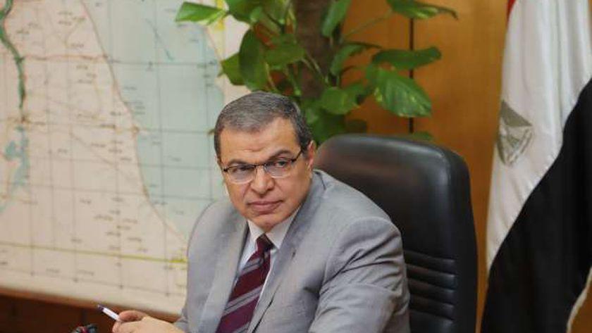 وزير القوى العاملة