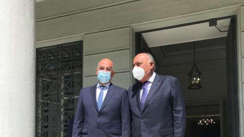 وزير خارجية أرمينيا يغادر القاهرة بعد لقاء الرئيس