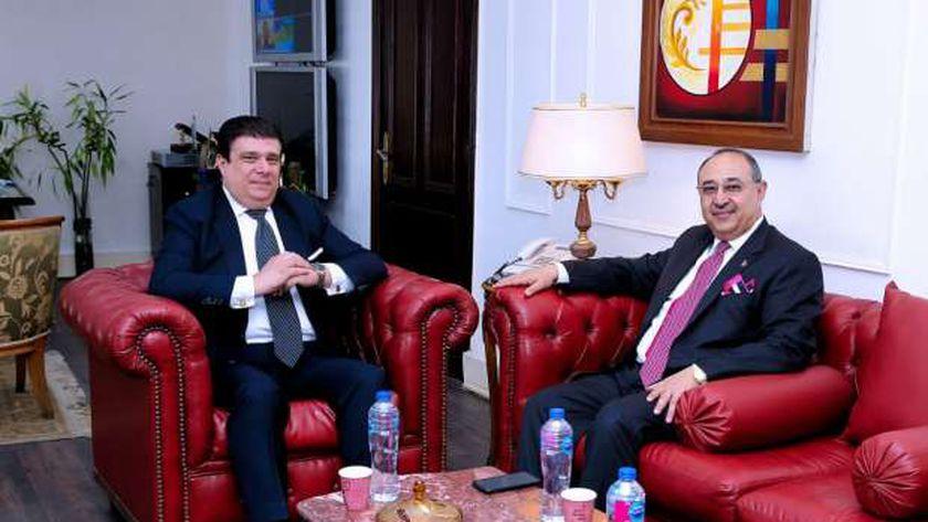 حسين زين مع وزير الإعلام الأردني