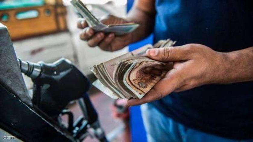 أسعار البنزين والسولار الجديدة تدخل حيز التنفيذ بعد 30 يوماً
