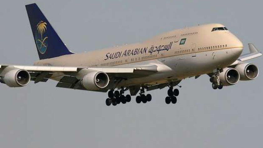 إعادة فتح الطيران إلى السعودية