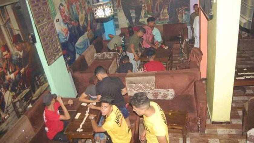 غلق 3 مقاهي مخالفة قرارات الحظر في سوهاج