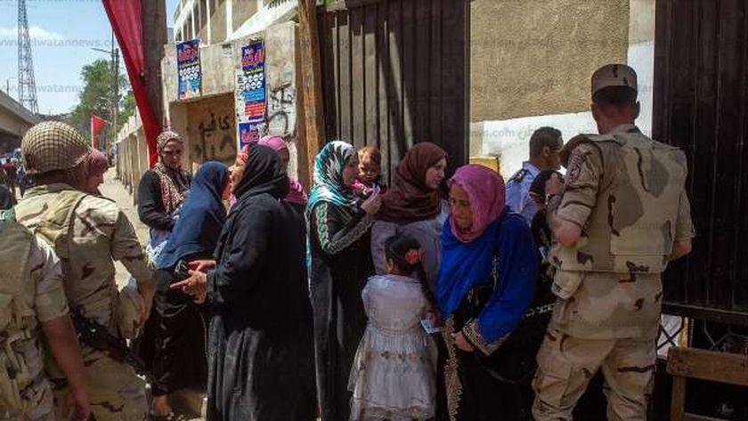 صورة من أحد اللجان المشاركة في استفتاء الدستور