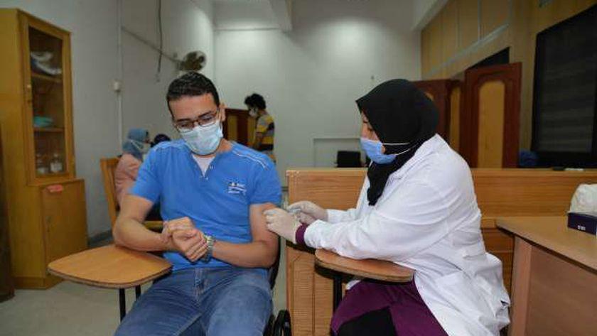 تطعيم الطلاب