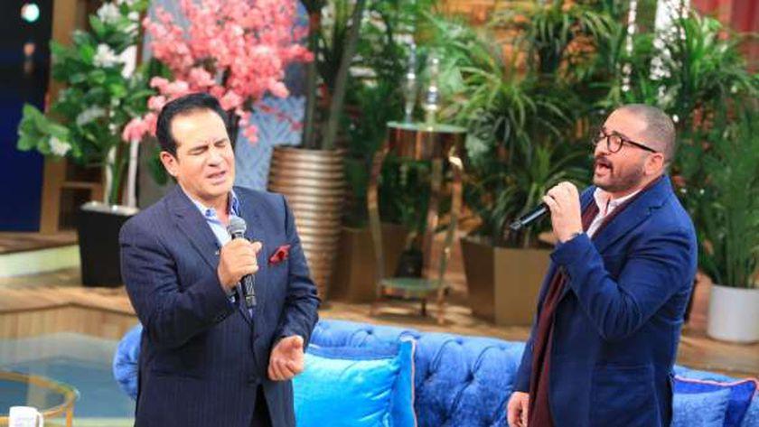 أحمد ثروت وابنه