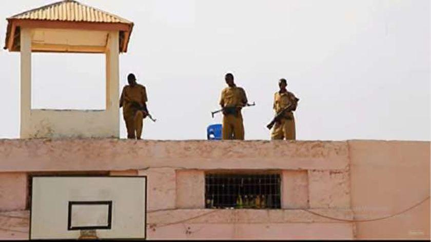 صورة نشرتها وكالة الأنباء الصومالية للسجن الذي تم اقتحامه