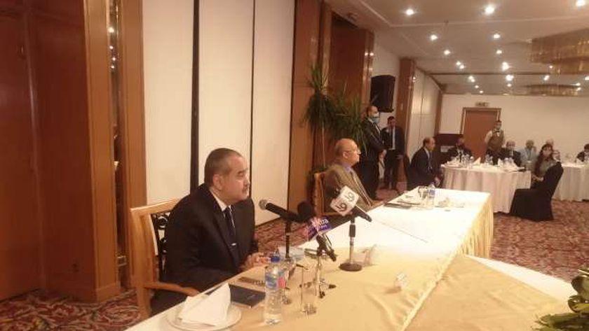 وزير الطيران المدني خلال مؤتمر صحفي : ملتزمون بسداد كافة الإلتزامات المالية وإيجار وأقساط الطائرات