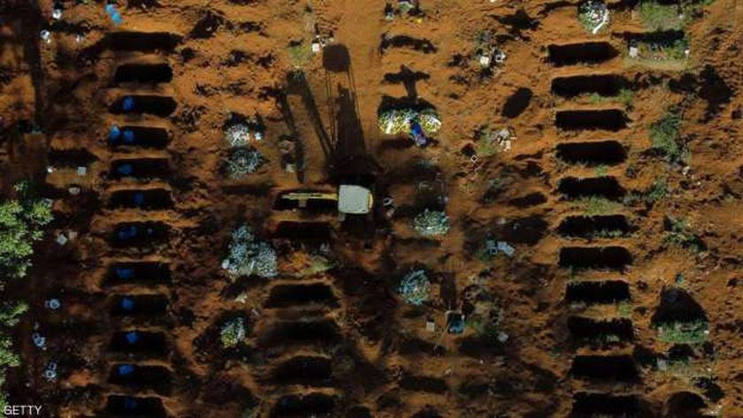 مقابر وفيات كورونا بالبرازيل