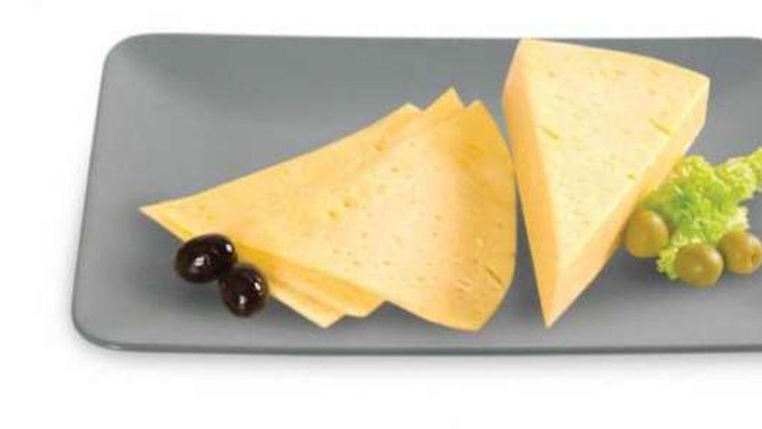 الجبن الرومي المخزنة تسيب الانسان بالسرطان