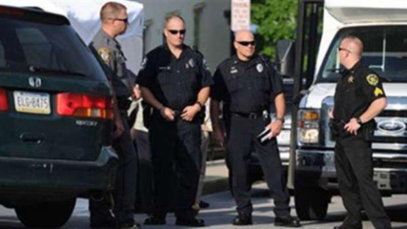 عناصر من الشرطة الأمريكية
