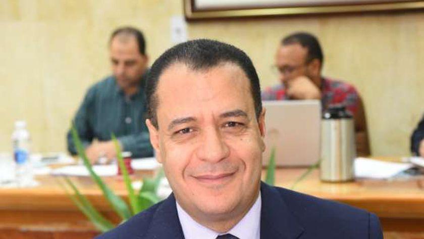 الدكتور شحاتة غريب نائب رئيس جامعة أسيوط لشئون التعليم والطلاب