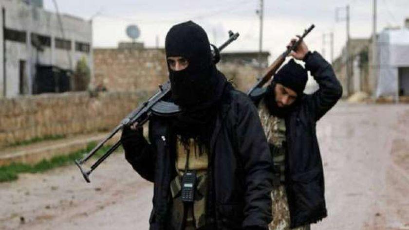 إصابة 3 من القوات الأمريكية في هجوم نفذه مجهولون ريف دير الزور