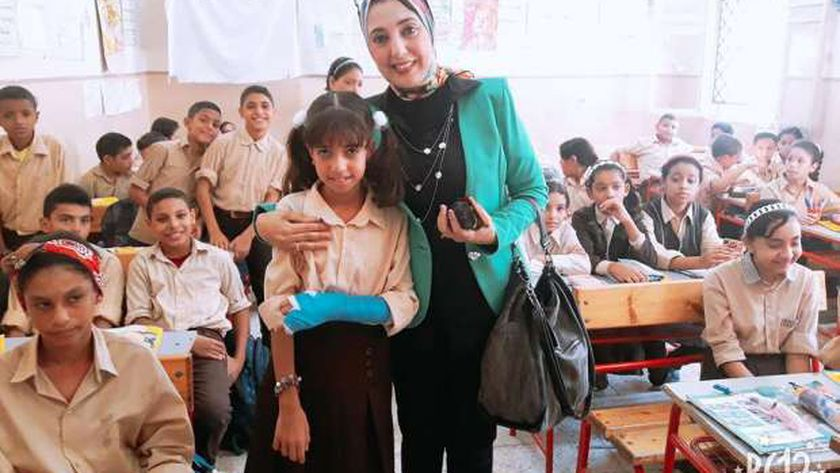 مدير تعليم وسط الإسكندرية تحيل مدرسة للتحقيق بسبب الدروس الخصوصية