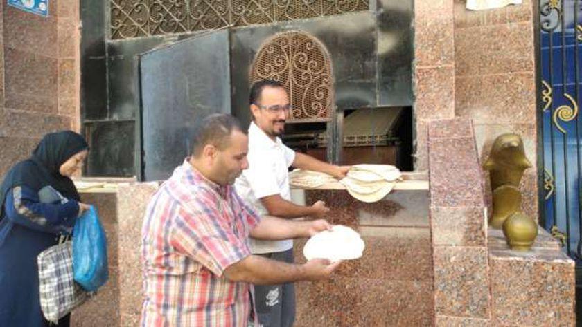 ضبط 41 بطاقة تموينية داخل أحد المخابز بأبيس في الإسكندرية