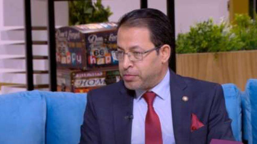 الدكتور محمد النادي، عضو اللجنة العلمية لمجابهة فيروس كورونا المستجد «كوفيد19» بوزارة الصحة والسكان
